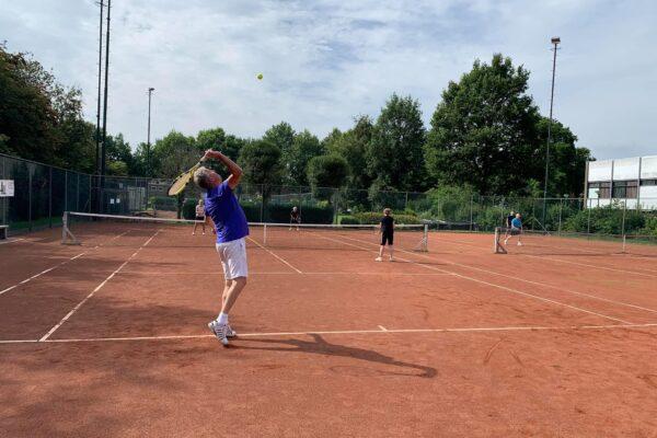Gratis tennis tot einde van het jaar