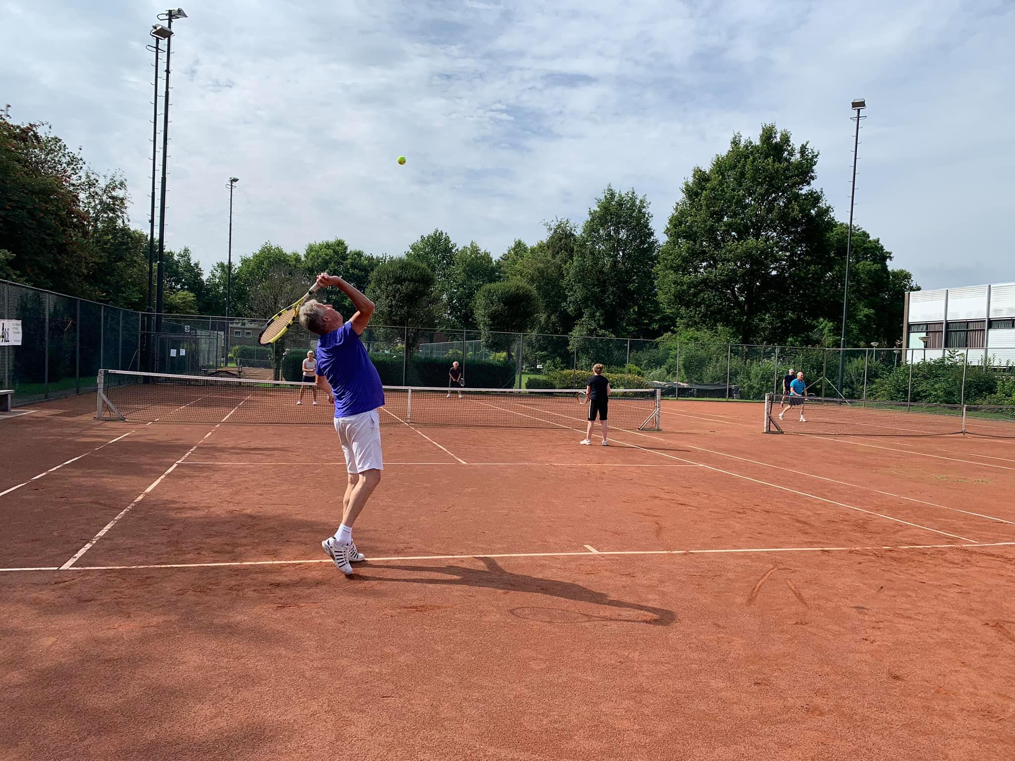 Gratis tennis